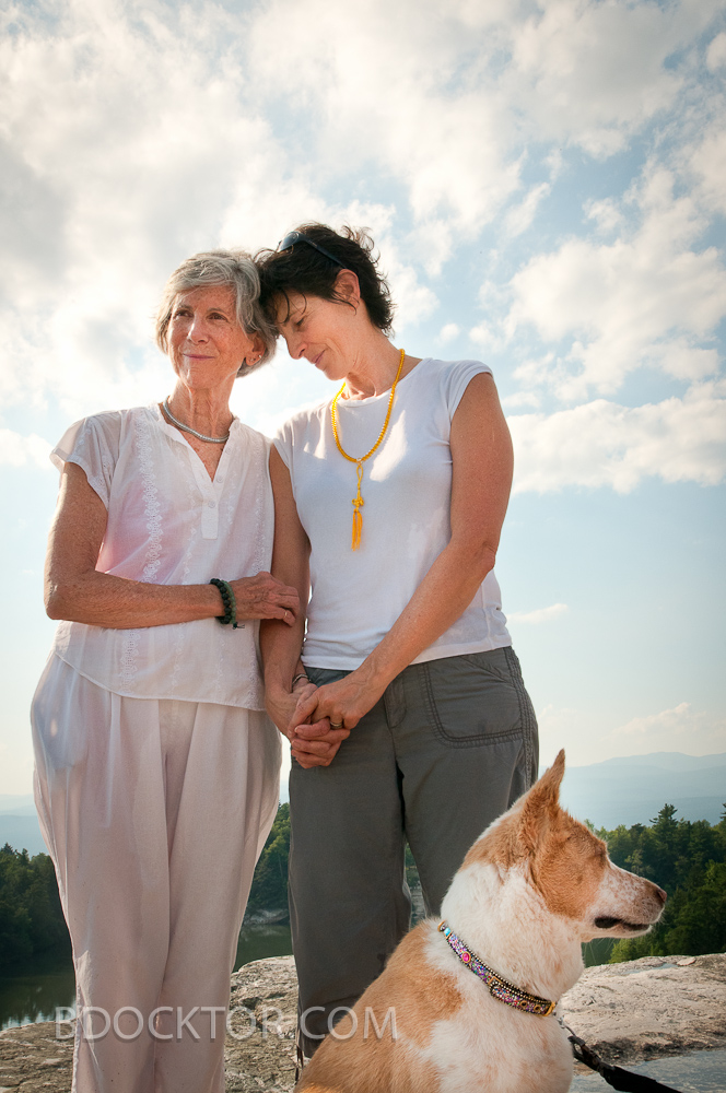 lesbian wedding in the Catskills